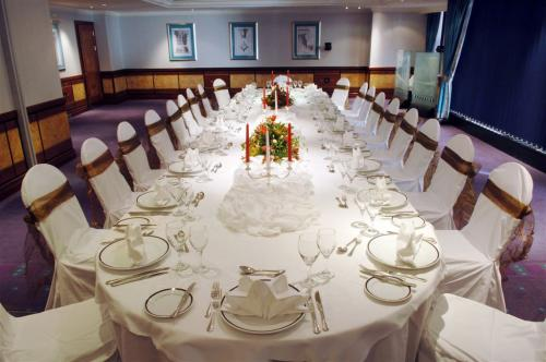 Presidential Suite set up for a private dinner with natural daylight at Grange City Hotel Venue Hire EC3