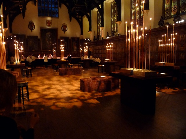 Middle Temple Hall Venue Hire EC4, seated dinner set up, lighting