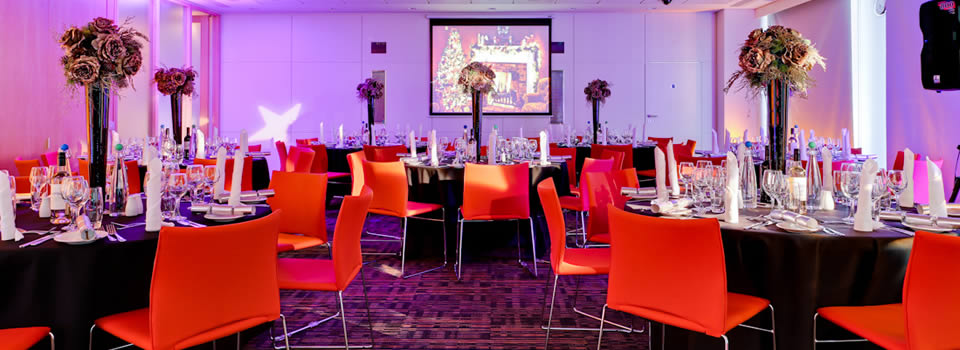 Plus-Bank Street London Venue Hire E14, main room set up for private dining
