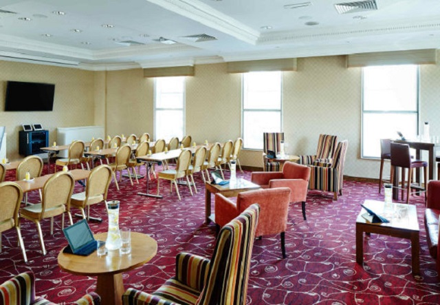 Marriott Birmingham Venue Hire B1. Meeting rooms with table and chairs set up.