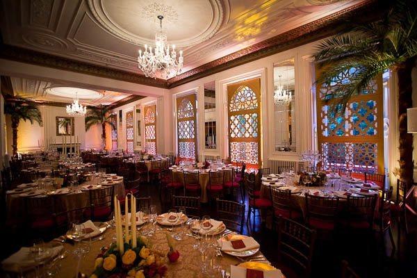 Il Bottaccio London Venue Hire SW1, seated dinner with decor