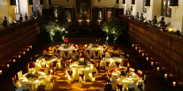 Middle Temple Hall Venue Hire EC4, seated dinner, stunning lighting and table centre pieces
