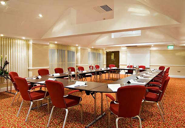 Stable Suite in u-shape style set up for a meeting Manchester Airport Marriott Hotel Venue Hire WA15