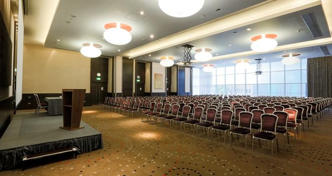 Hilton London Tower Bridge Venue Hire SE1, conference set up