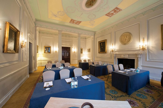 Chandos House Venue Hire W1. Meeting room set up Cabriet style.