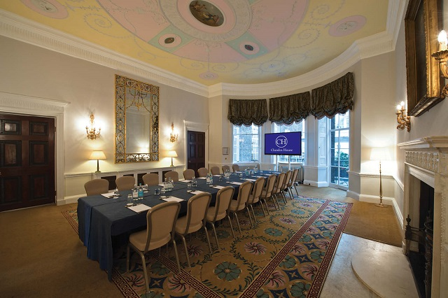 Chandos House Venue Hire W1. Conference room set up, banqueting style.