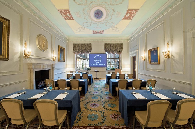 Chandos House Venue Hire W1. Praivte room set up for a meeting. Cabriet Style.