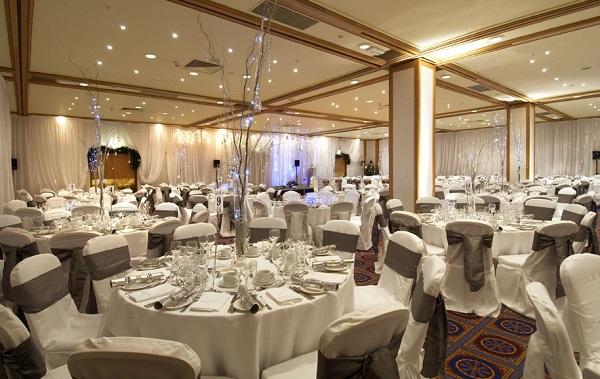 Hilton London Gatwick Airport Christmas RH6, private dining set up