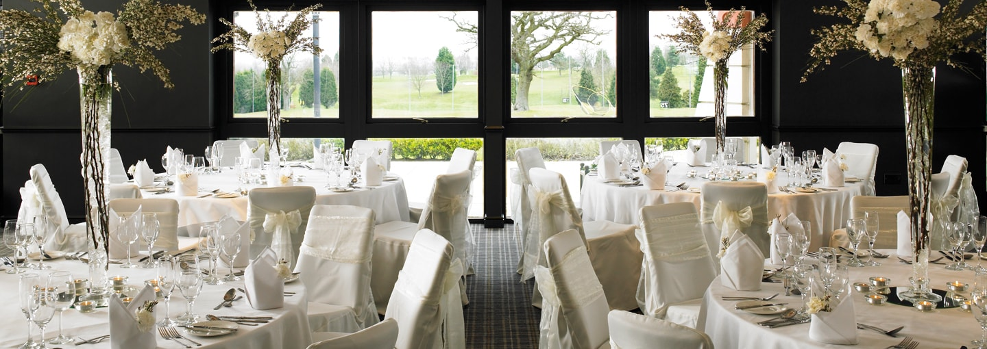 Staverton Park Christmas Party NN1, private dining with centre pieces