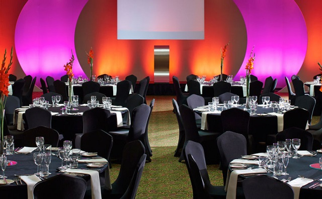 Leicester Marriott Hotel Christmas Party LE19. Venue set up for Christmas party.