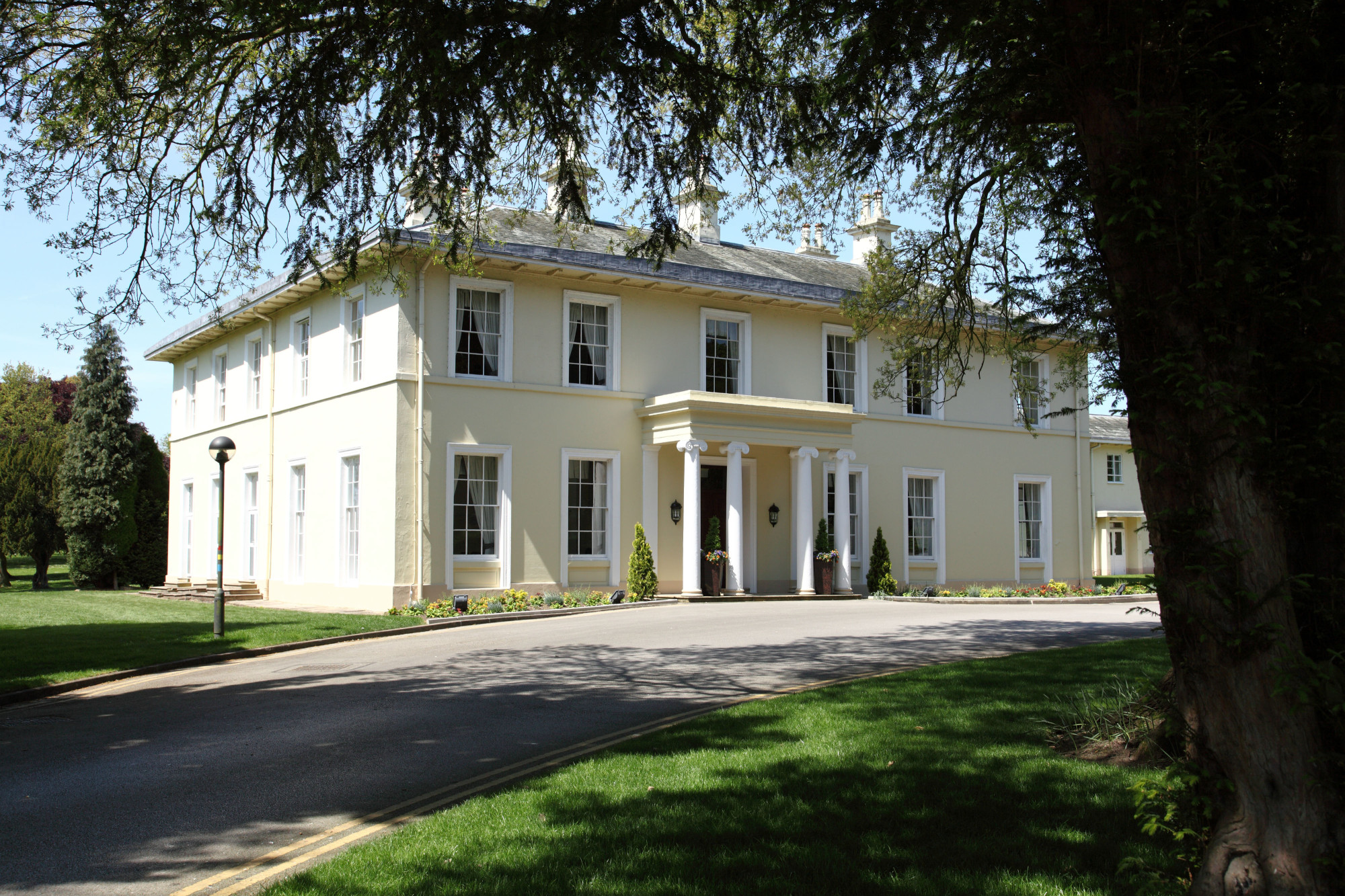 Eastwood Hall Summer Party Venue, NG16