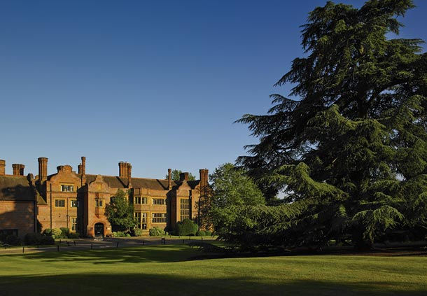 Hanbury Manor Hotel Summer Venue SG12, stunning outside space, country club