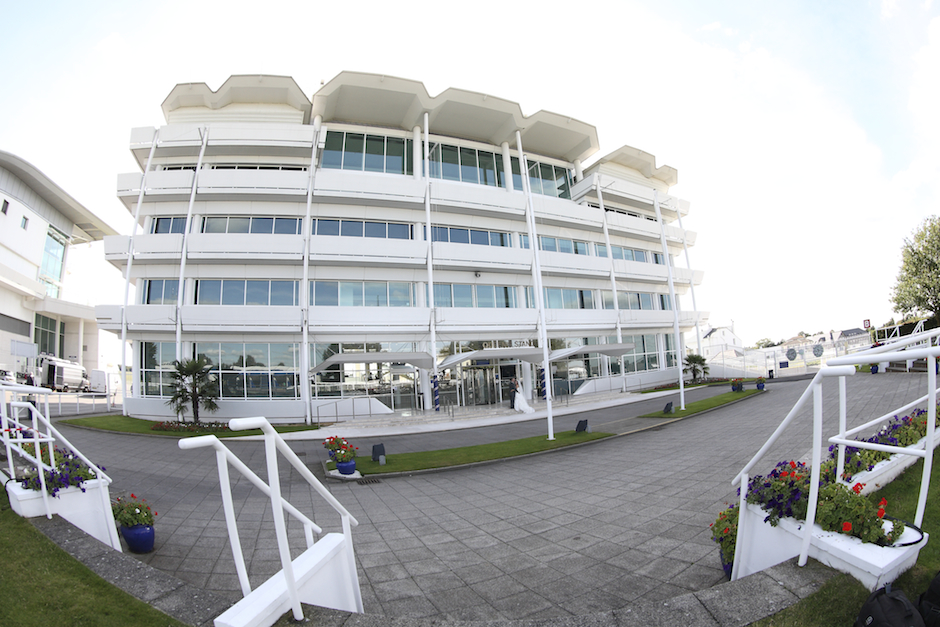 Epsom Downs Racecourse Summer Party KT18 outside space of epsom racecourse