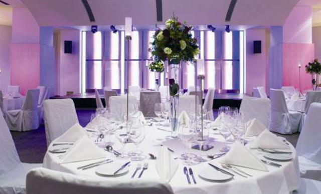 Cumberland Hotel Christmas Party W1, seated dinner, large tables, colour wash