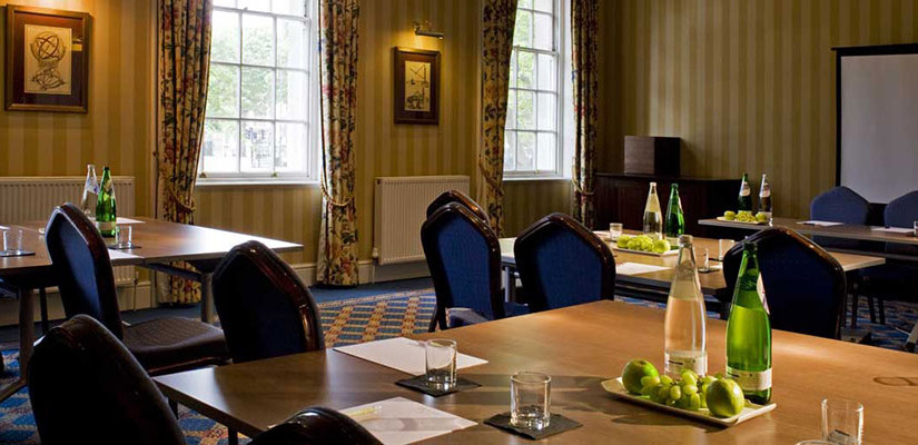 Devonport House Venue Hire SE10, meeting room, screen and av, water and refreshments