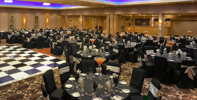 Hallmark Hotel Manchester Christmas Party SK9, seated dinner, round tables, dancefloor in centre