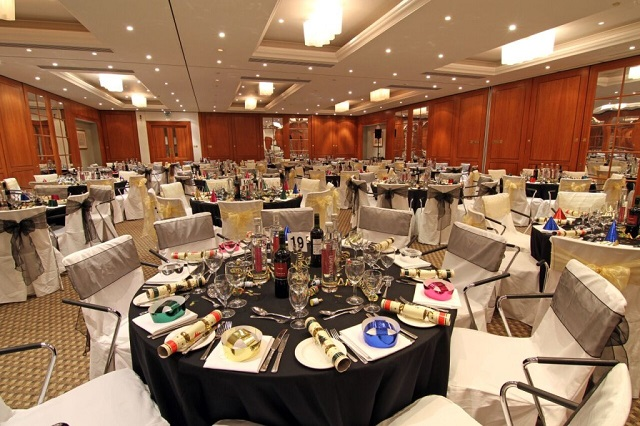 Ambassadors Bloomsbury Venue Hire WC1,private dinner set up for christmas