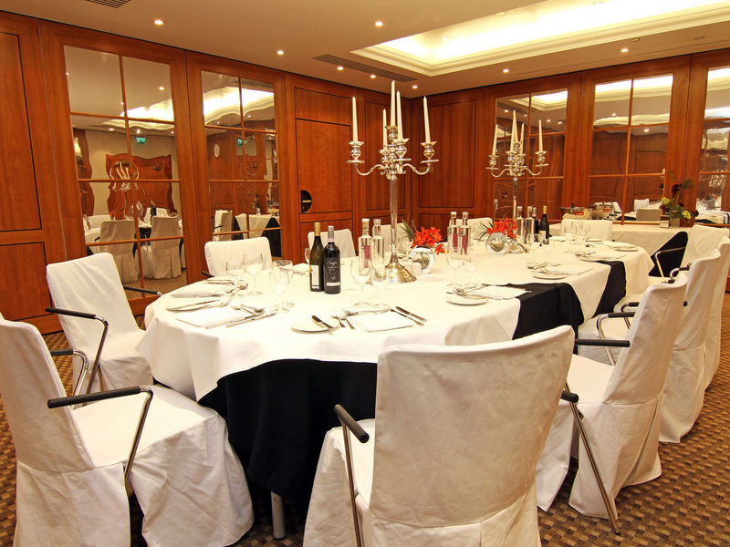 Ambassadors Bloomsbury Venue Hire WC1, private dining room