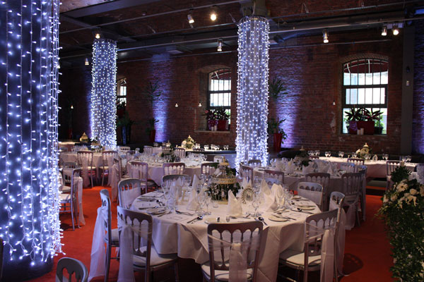 Place Aparthotel Venue Hire Manchester M1, christmas decor with sparkley lights