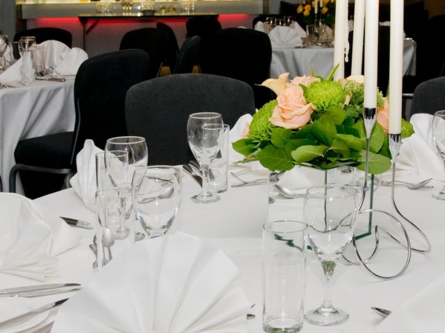 Crowne Plaza Kensington Christmas SW7, seated dinner, centre pieces, candles
