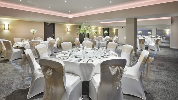 DoubleTree By Hilton Docklands Venue Hire SE16, private dining set up
