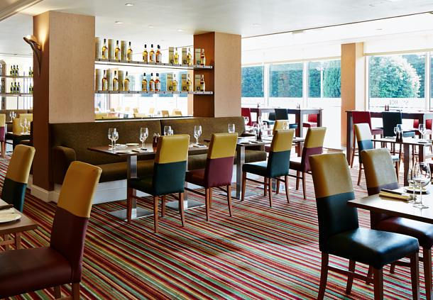 Marriott Hotel Edinburgh Christmas Party EH12. Dining lounge with a airy feel.