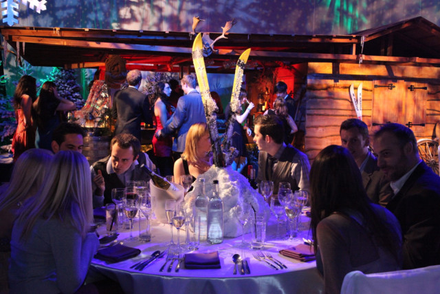 Finsbury Square Apres Ski Christmas Party EC2. The thriving bar scene is the perfect setting to meet your guests and start your Alpine adventure