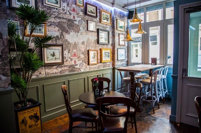 Mabel's Bar Venue Hire WC2, antique drawing room