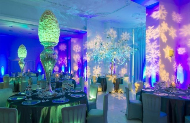 Royal Liver Building Christmas Party L3, theming for christmas party events, large centre pieces on round tables, dinner set up, festive decorations