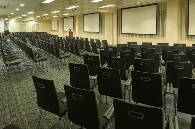 Conference Suite set up in theatre style with presentation facilities for a formal meeting 8 Fenchurch Place Venue Hire EC3