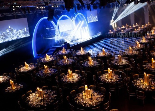 Old Billingsgate Shared Christmas Party EC1, seated dinner, dancefloor, lighting, centre pieces