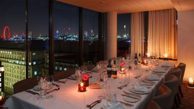 DoubleTree by Hilton Westminster Christmas Party SW1, sky lounge private dining, iviews