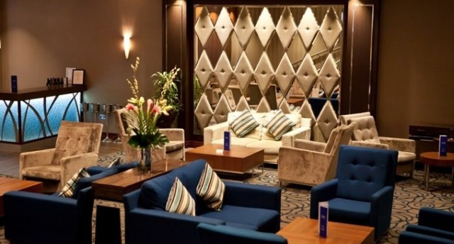 Kensington Close Hotel Venue Hire, lobby area, comfy seating, bar
