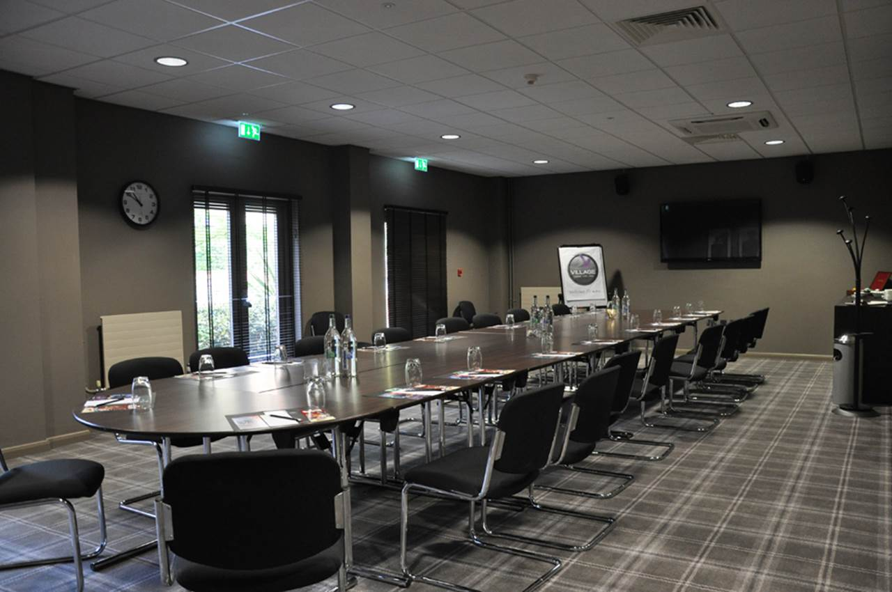 De Vere Village Swindon Venue Hire SN5, small meeting room, conferencing, boardroom
