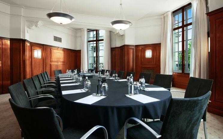 Trafalgar Hotel London Venue Hire SW1,baord room set up in wooden decked wall room