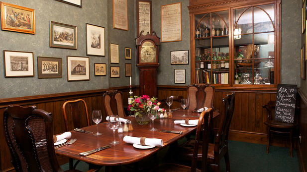 Boot and Flogger Christmas Party SE1, private dining table with wooden decor