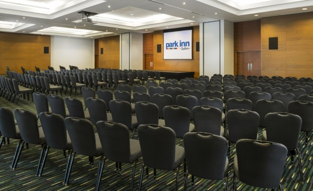 Park Inn Heathrow Venue Hire UB7, theatre style seating, large screens