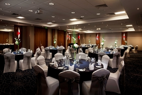 Park Inn Heathrow Christmas Party UB7, seated dinner, round tables