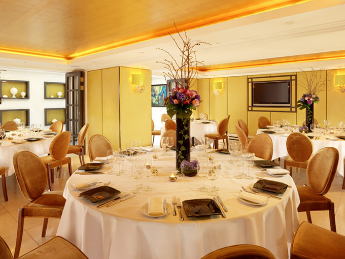 St James Hotel London Christmas Party SW1, private dining with flower centre piece