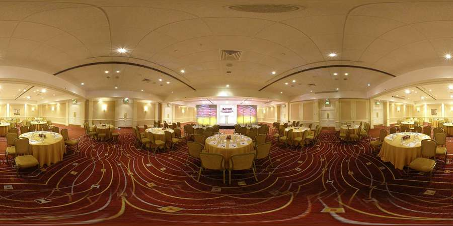 Buckingham Suite set for a large banquet with round tables set for dinner around the room Marriott Heathrow Windsor Hotel Venue Hire SL3