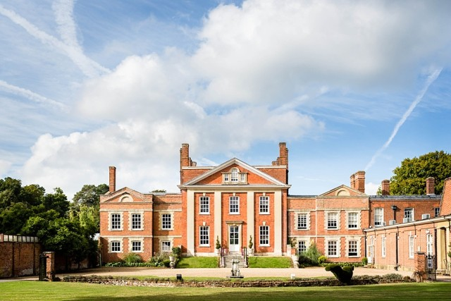 Warbrook House Summer party venue RG27, stunning outside space, exterior of the venue