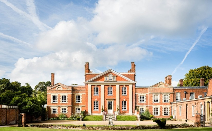 Warbrook House Venue Hire RG27, stunning exterior