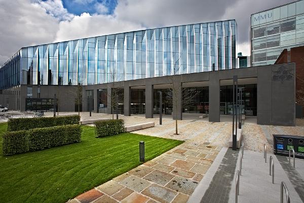 Metropolitan Uni Manchester Venue Hire M15 exterior of uni