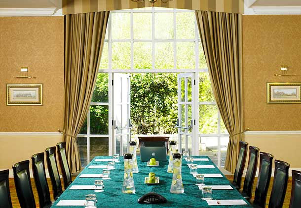 Marriott West Yorkshire Christmas Party BD17 large dining table set out for christmas dinner