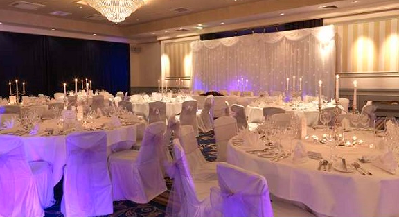 Hilton Aberdeen Treetops Shared Christmas Party AB1 round banqueting tables for guests to enjoy their christmas party