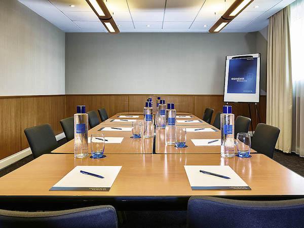 Novotel Milton Keynes Conference MK13 boardroom meeting