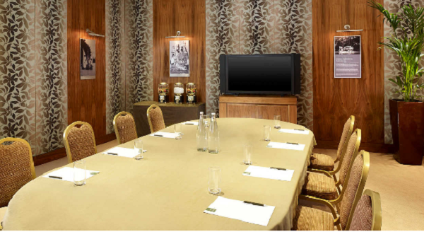 Park Tower Knightsbridge Conference Venue SW1- Boardroom style meeting with AV equiptment