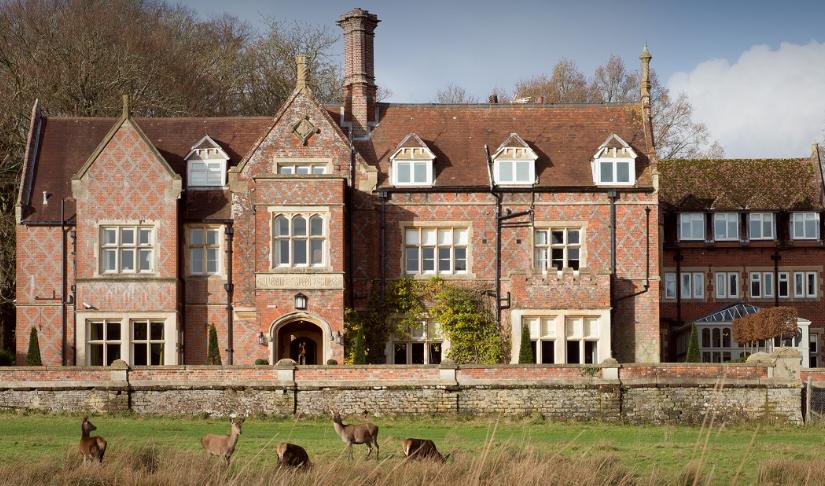Burley Manor Venue Hire BH24- Exterior of the venue