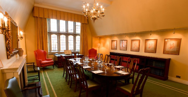 Grays Inn Venue Hire WC1R room for small meetings