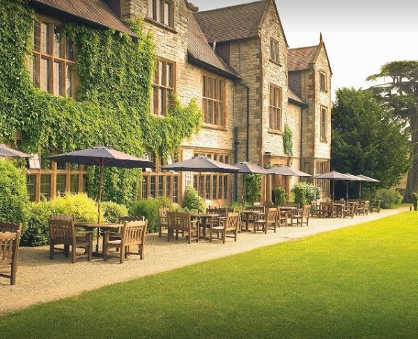 Billesley Manor Hotel Warwickshire Summer Party Venue B49